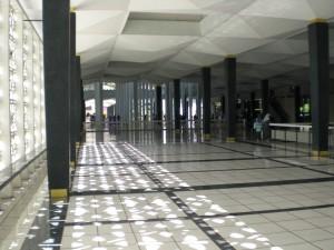 Innen ist die Moschee ziemlich leer.