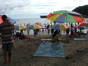 Pantai Baron - hier wird wirklich gebadet