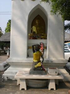 Buddha und eine Wasser-Göttin (Hinduistisch?) Seite an Seite