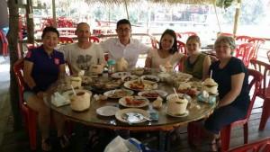 Mittagessen in Familie